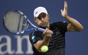 Roddick hangs on to beat Russell at US Open