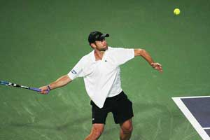 Andy Roddick out in first round in Memphis