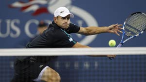 Roddick spoils teen's dream to enter thrid round