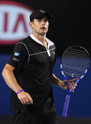 Roddick wins thriller for 30th ATP title