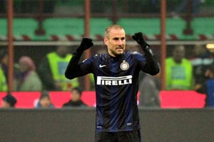 Milan derby: Rodrigo Palacio late strike takes Inter to 1-0 win