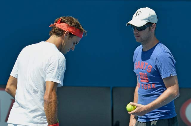 Australian Open: Roger Federer seeks coach Stefan Edberg's advice for Andy Murray clash