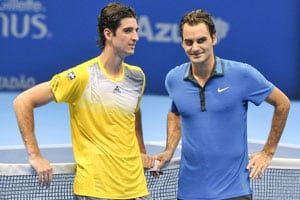 Roger Federer loses to Thomaz Bellucci in Brazilian debut