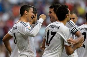 La Liga: Real Madrid win as warm-up injury halts Gareth Bales home bow