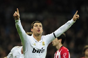 Ronaldo double as Real hit by 'player revolt' row