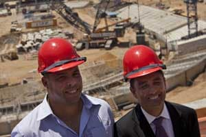 Ronaldo helps promote worker safety at Maracana