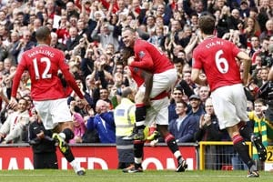 Manchester United hammer 5 past Bolton