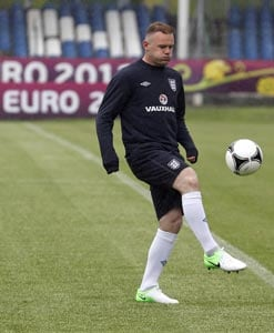UEFA Euro 2012: England look to Rooney for last eight berth