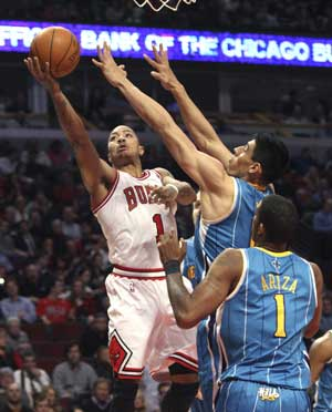 Rose's last-minute jumper leads Bulls past Hornets