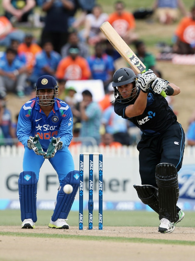 4th ODI: India lose series as Ross Taylor's hundred takes New Zealand to 7-wicket win