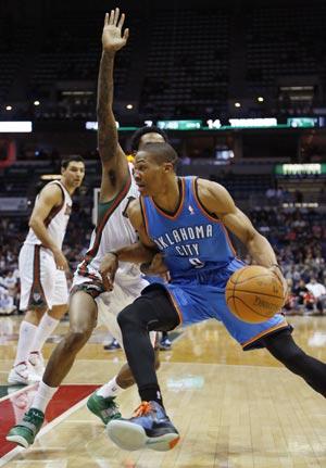 Westbrook scores 26, Thunder beat Bucks 109-89