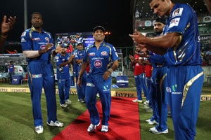 CLT20: Sachin Tendulkar, Rahul Dravid given guard of honour in final