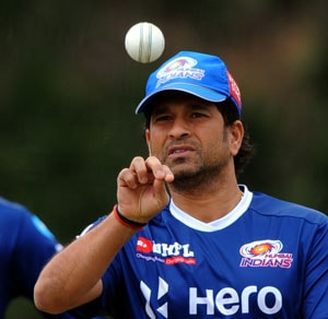 IPL 6: Sachin Tendulkar in minor injury scare ahead of clash vs Royal Challengers Bangalore