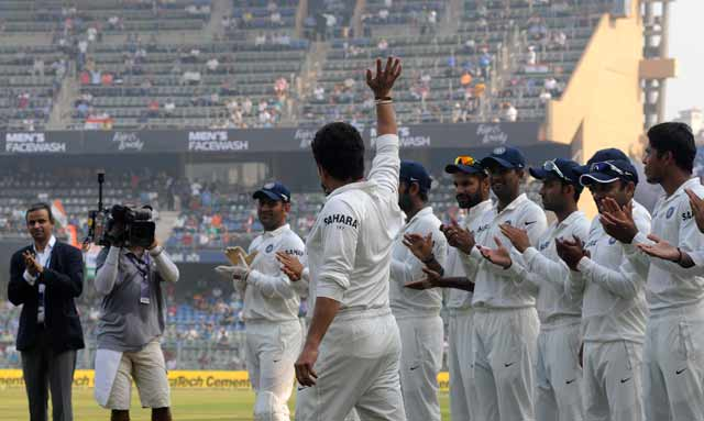 Team India wear specially-designed Sachin Tendulkar jerseys