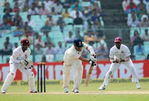 Sachin Tendulkar cut short by dubious LBW decision