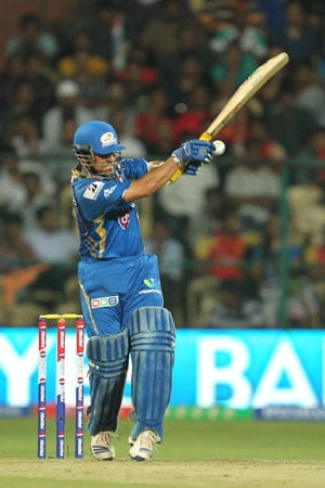 IPL 2013: Did you know, Mumbai have won every time Sachin Tendulkar has posted a duck?