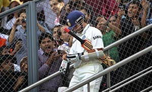 Wankhede braces up for huge demand to watch Sachin's last Test