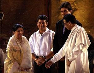 Sachin Tendulkar, cricket fraternity pay tributes to Bal Thackeray
