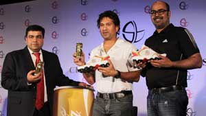 Coca Cola to roll out 7.2 lakh cans featuring Tendulkar