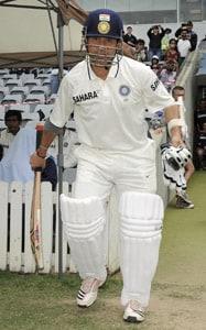 Tributes pour in for Sachin Tendulkar on Twitter
