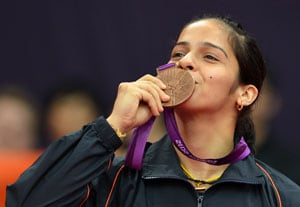Saina Nehwal beats Dhoni in India's media battle