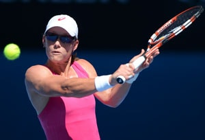 Sam Stosur wins first-round match at Australian Open