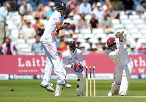 2nd Test: Samuels helps West Indies recover against England