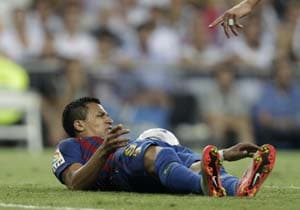Barcelona forward Sanchez out for 1 week