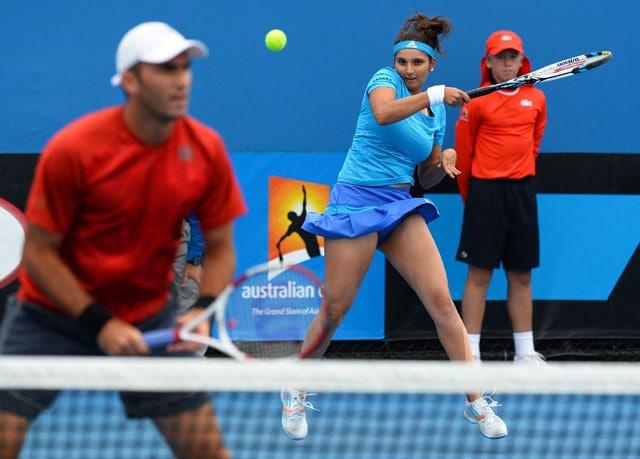 Australian Open: Sania Mirza, Rohan Bopanna register wins, Mahesh Bhupathi ousted
