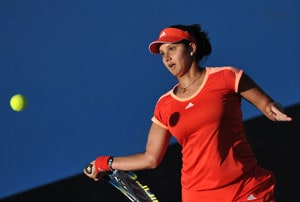 Australian Open: Sania-Vesnina ease into second round