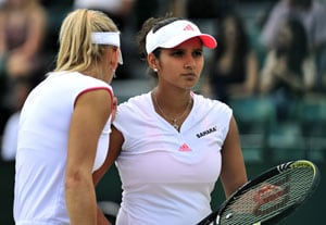 Sania-Vesnina progress to Wimbledon semi final