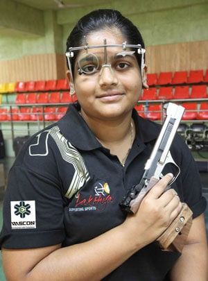 Commonwealth Games 2014: India's Rahi Sarnobat Wins Gold, Anisa Sayyed Takes Silver in 25m Air Pistol
