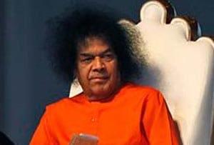 On birthday, Sachin grieves for Sai Baba