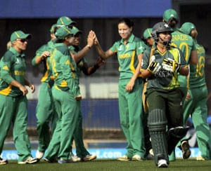 Women's World Cup: Pakistan crash out as South Africa make super sixes