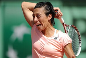 Top-seeded Schiavone loses in 1st round in Spain