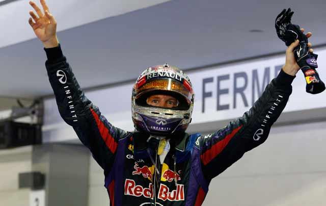 Sebastian Vettel wins Singapore Grand Prix as Red Bull extend lead