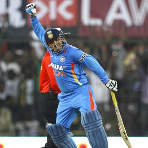 Virender Sehwag wants to play in the middle order!