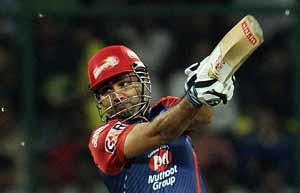 Back spasm to keep Virender Sehwag out of clash vs Kolkata Knight Riders