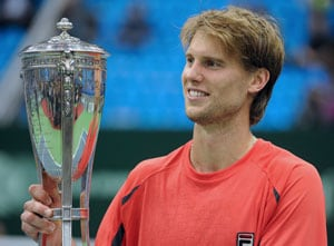 Andreas Seppi rallies past Thomaz Bellucci to win Kremlin Cup
