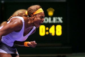 Serena Williams beats Li Na in final to win fourth WTA Championships title