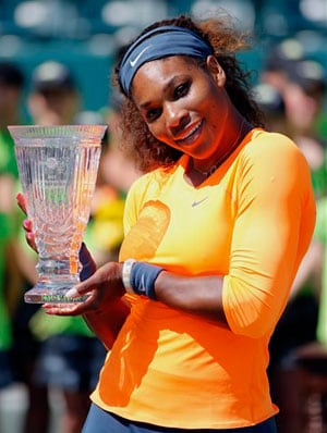 Serena Williams wins 5th WTA player of the year award