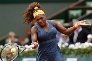 Serena Williams eases into second round of French Open
