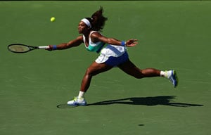 Serena Williams rolls into Miami fourth round