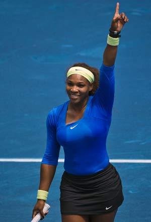 Serena Williams to meet Azarenka in Madrid final