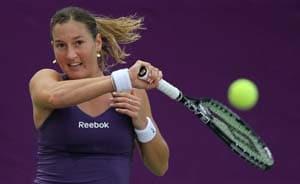 Schiavone, Li, Peer beaten at Qatar Open
