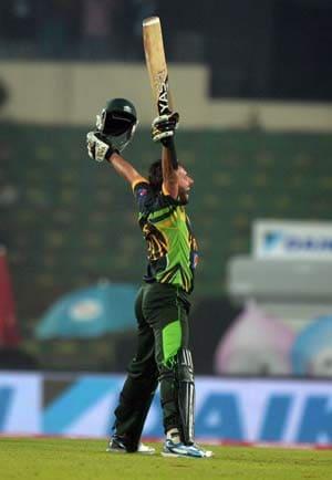 Imran Khan, Shoaib Akhtar praise Pakistan for beating India
