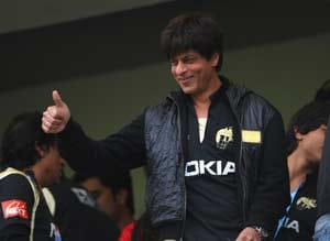 SRK to to take off shirt like Dada if KRR reach final