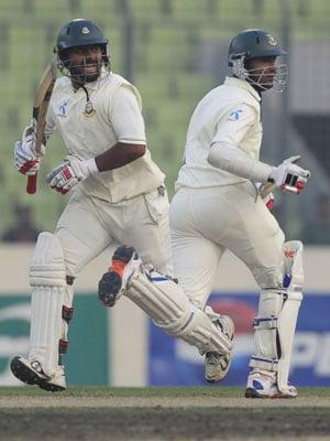 Shakib, Nafees lead Bangladesh's fightback