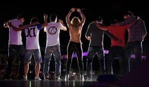 Barca players celebrate at Shakira concert