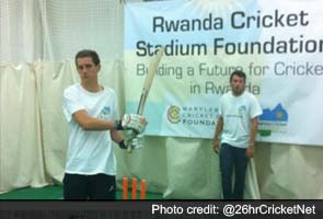 Englishman bats for 26 hours straight in world record attempt